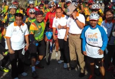 Peserta Jelajah Sepeda Flores Timor Mulai Membelah Pulau Timor