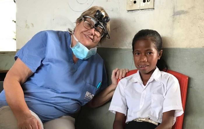 Dua Minggu Dokter Gigi ini Periksa 1.200 Mulut di Timor Leste