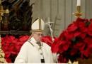Pimpin Misa Malam Natal, Paus Fransiskus Kutuk Kemiskinan dan Materialisme