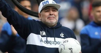 Maradona Masuk Rumah Sakit Akibat Kelelahan